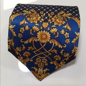 Classic Versace Barraco Tie